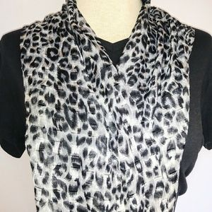 Accessories - SILKY Gray Bag.Head.Neck Scarf #hundredsofscarves